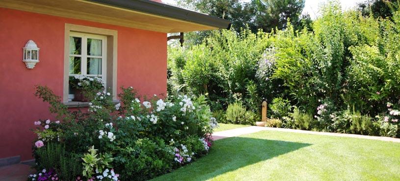 Progettazione e creazione di giardini a pisa lucca livorno - Foto di giardini privati ...